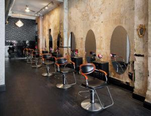 L-agencement-du-salon-de-coiffure